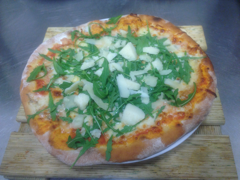Pizza Gustosa_edited