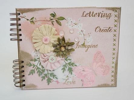 Caderno artesanal em Scrapbooking