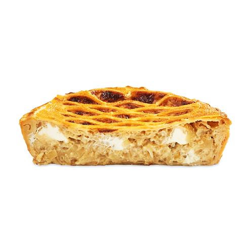 Пиріг соковитий цибулевий з вершковим сиром