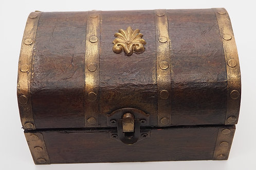 APOTHECARY CHEST AND CONTENTS