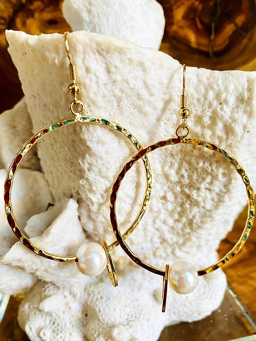 Hoops White Shell Pearl & Heart Earrings Hamilton Gold