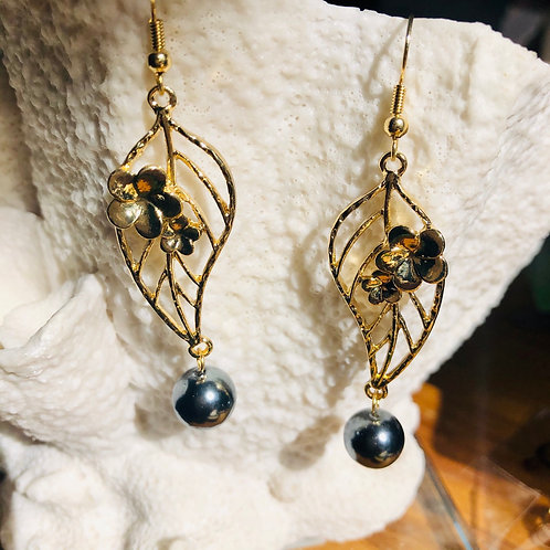 Plumeria Pearl Earrings Hamilton Gold