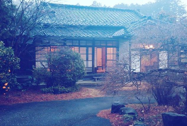 o030/母屋/冬/雨