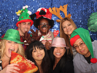 Spreading Holiday Cheer 1 Photo Booth at a Time!