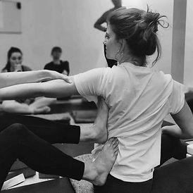 elizabeth-madore-yoga