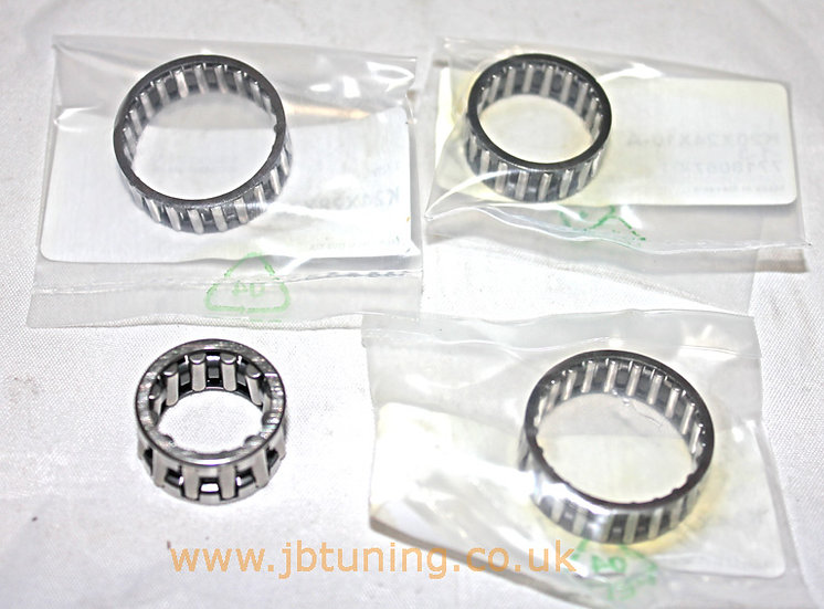 Set of 4 x needle roller bearings for gearbox