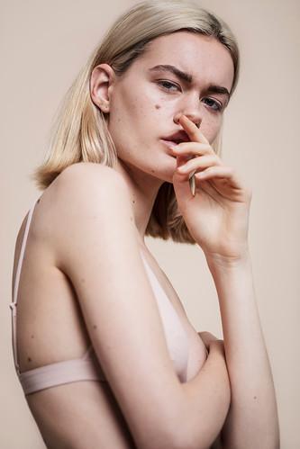 Peter-Fedrizzi-London-photgrapher-blond-