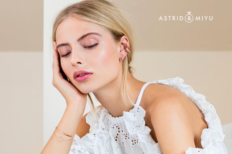 PeterFedrizzi-AstridandMiyu-rosegoldbrac