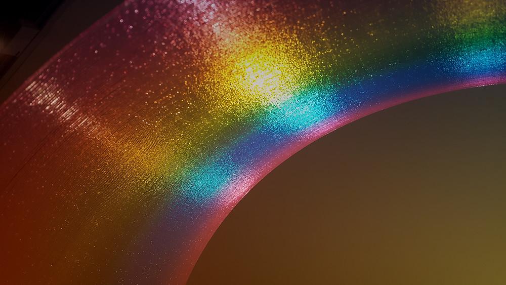 Over the Rainbow / 2015 / 67.8 x 120 x 37.2 cm / Acrylic paint on acrylic board