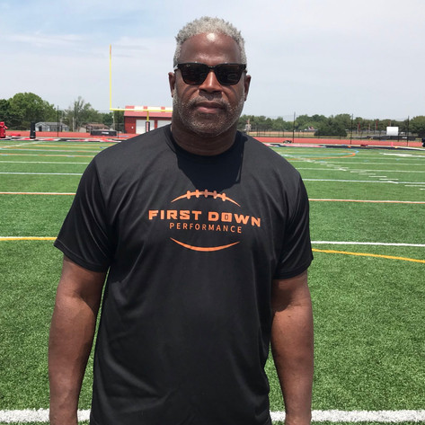Former NFL Defensive Line Coach, AFL Standout Gives Back to Student-Athletes Throughout Garden State