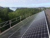 Solcelle på tak Lyderhorn.JPG