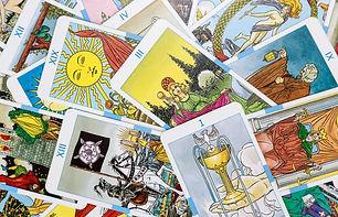 243434-699x450-lecturas-tarot-suerte.jpg