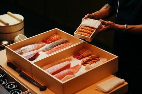 fukui-sushi-box-uni.jpg