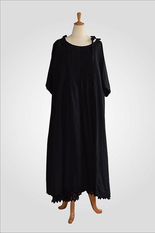 ヨーロッパリネンピンタック・インナードレス付き(黒)