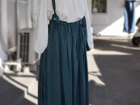 丸襟リボンブラウス&サスペンダースカート