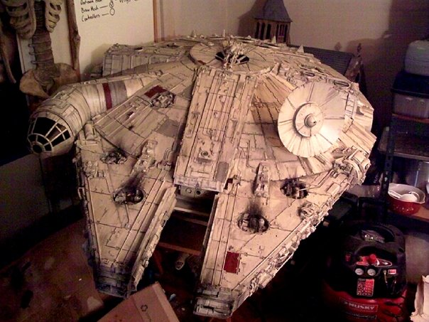 Millennium Falcon Model