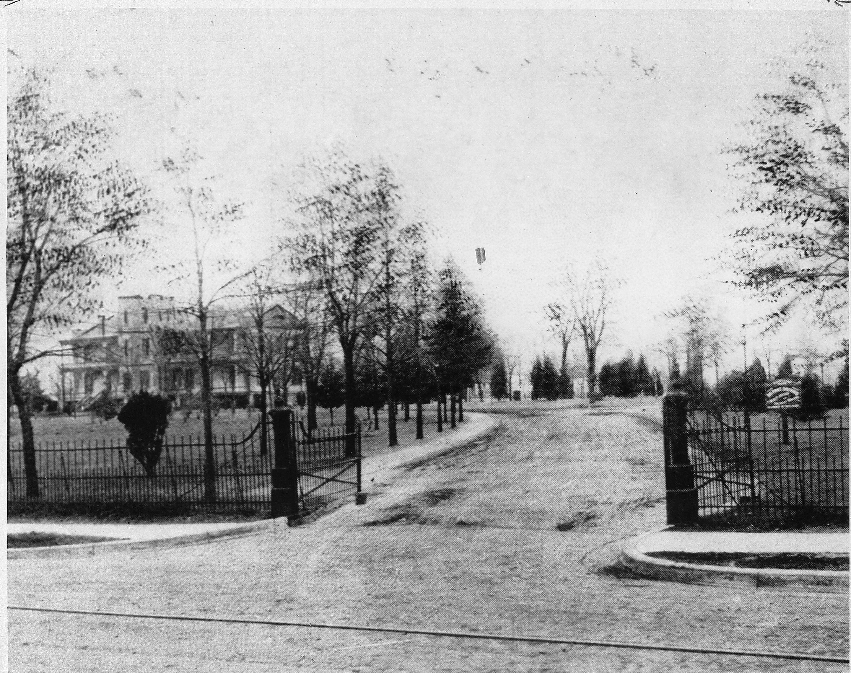 macarthur park entrance, 1900