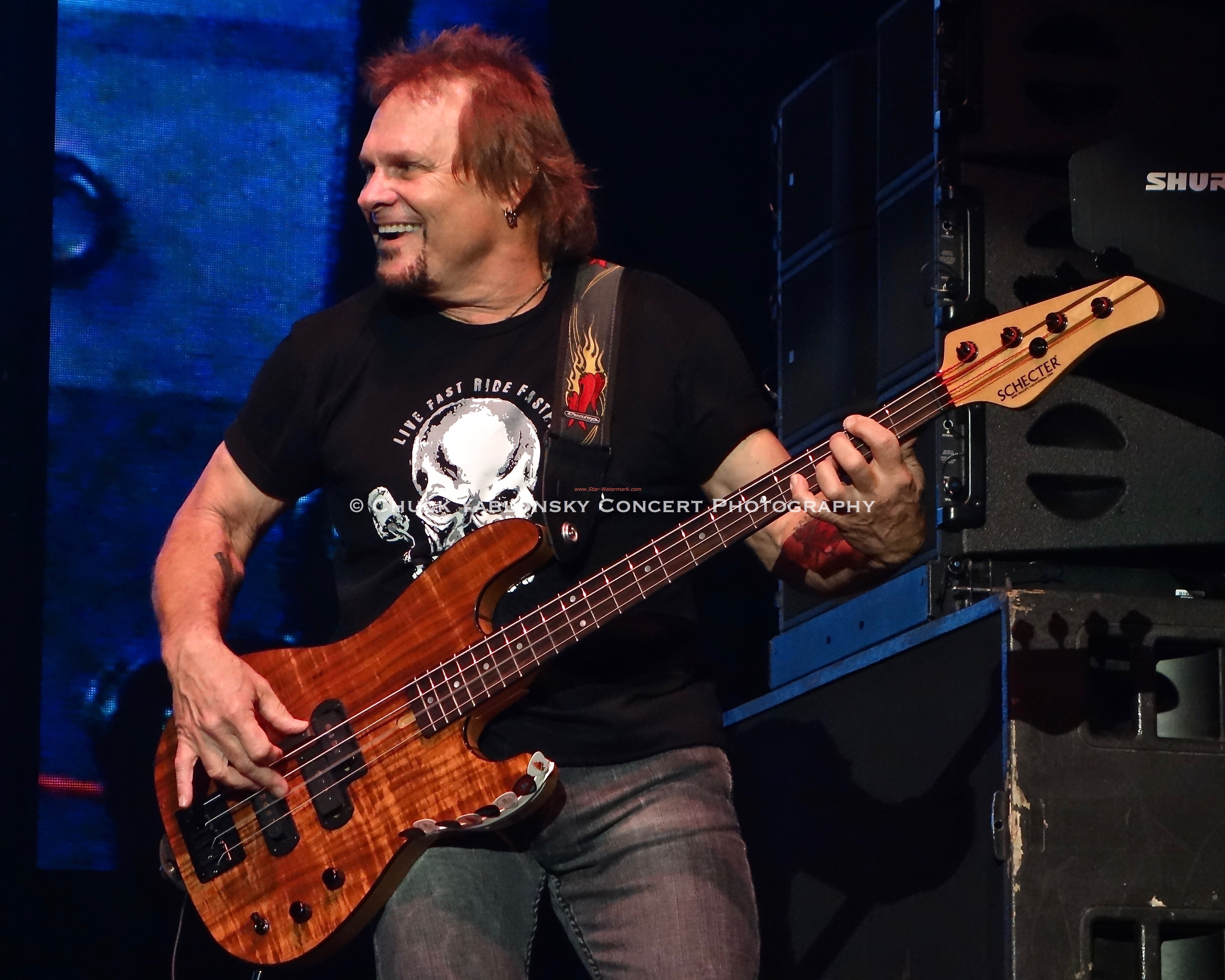 Michael Anthony - Sammy Hagar & The Circle
