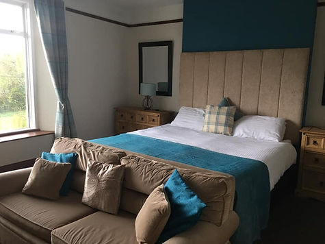 B&B, Country Pub, Dartmoor, Devon, Family Room, Suite, Family Suite, Moors, 3 people, Inn, Village Pub with Rooms, Group booking, Wow Factor, Nice Room, Moors