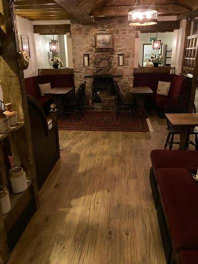 traditional village pub, traditional pub in Devon, traditional pub in Dartmoor, Manaton, cask ales, newly modernised