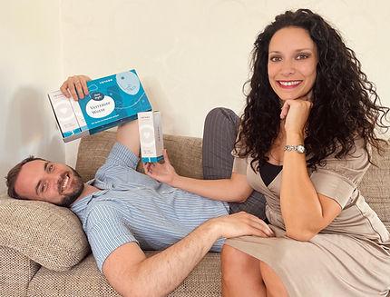 Irmela Preissner-Bhaya und Sven Tomschin und ihre Date Night Geschenkbox Vertraute Worte