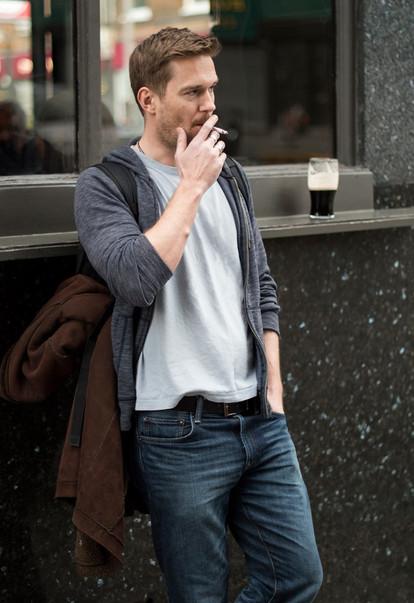 Sean, 34. Actor.