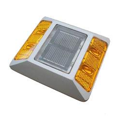 solar-road-studs-250x250