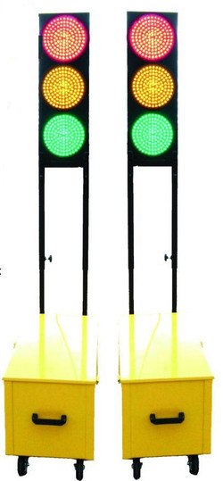 Mobile-Compactable-Multiled-Traffic-Light-System-431431004-