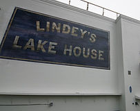 Lindey's Lake House Logo2.jpg