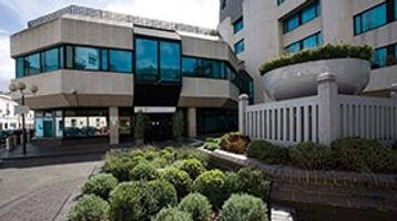 Bupa-Cromwell-Hospital-main-entrance.jpg