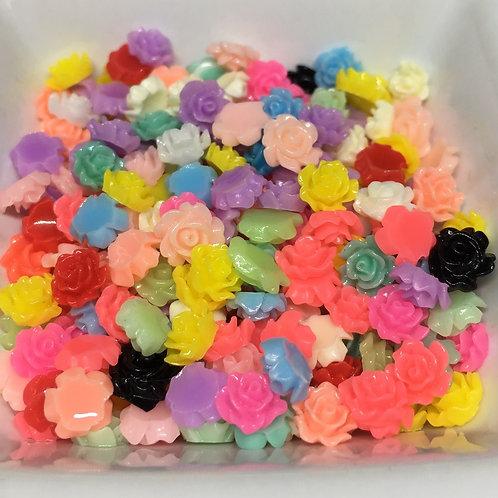 6-7mm resin flowers x 40