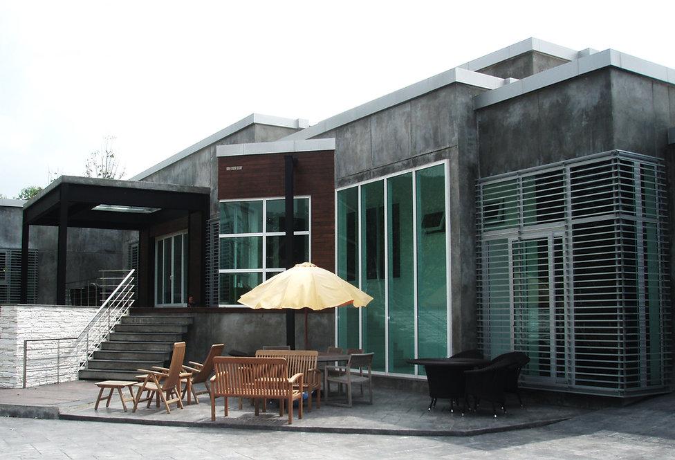 ประตู หน้าต่าง ยูพีวีซีเฮฟต้า กับบ้านทรงโมเดิร์น