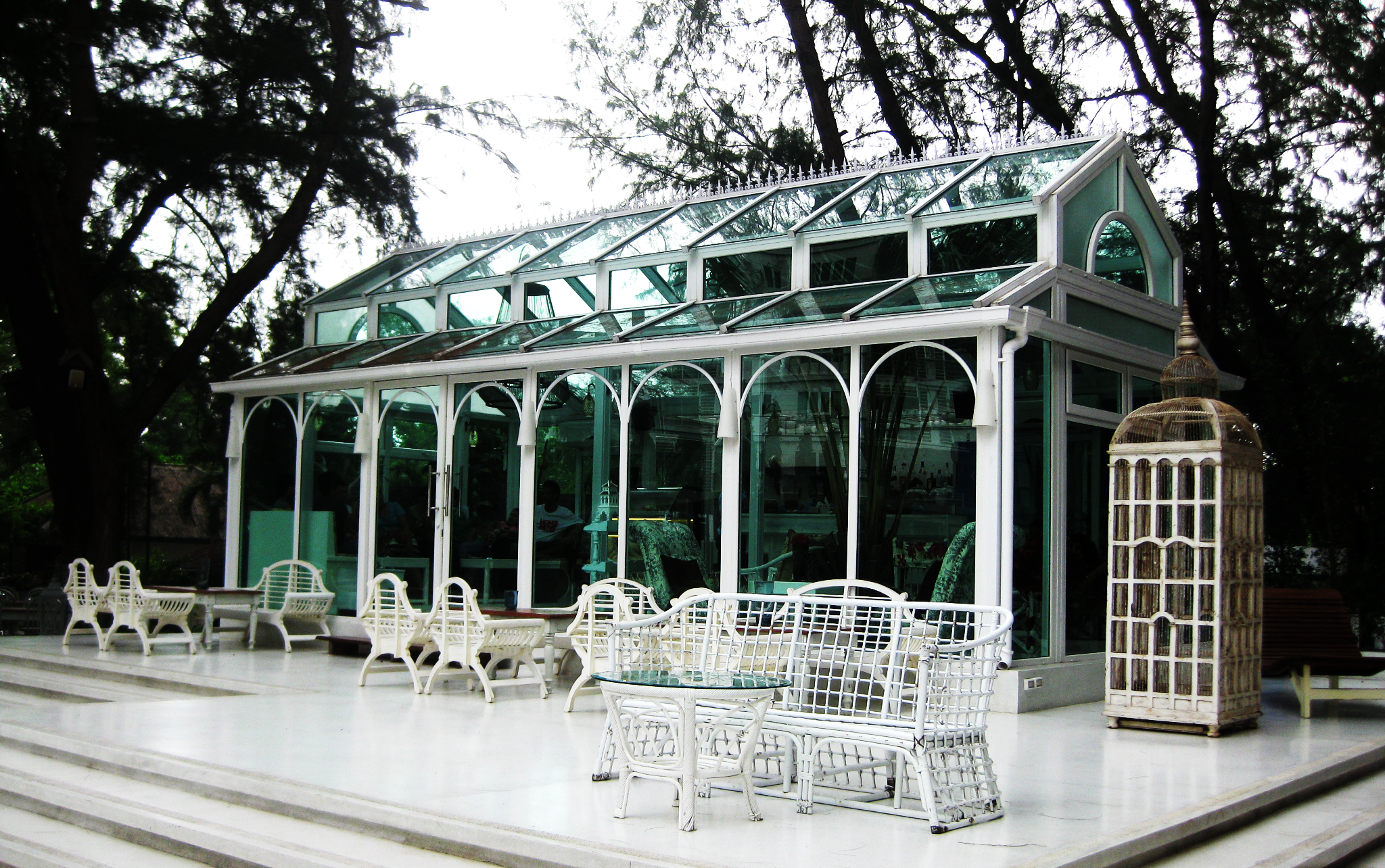 บ้านสำเร็จรูป The Glass house พัทยา