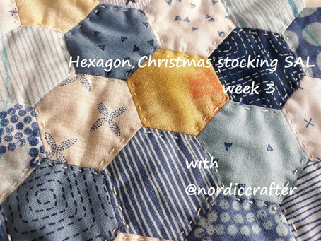 Hexagon Christmas stocking SAL, week 3. Quilting