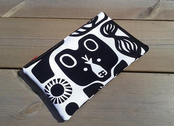 Black and white zipper pouch from Marimekko fabric Kanteleen Kutsu