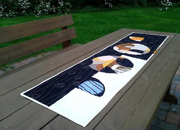 Modern patchwork table runner / wall hanging from Marimekko fabric Britta Maj