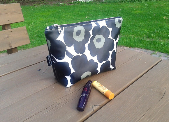 Waterproof makeup bag from Marimekko oilcloth fabric Unikko