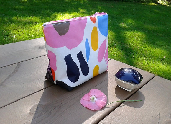 Waterproof makeup bag from Marimekko oilcloth fabric Hattarakukka