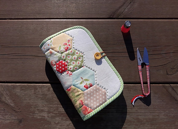 Fabric kit 2, Hexagon Sewing Organizer