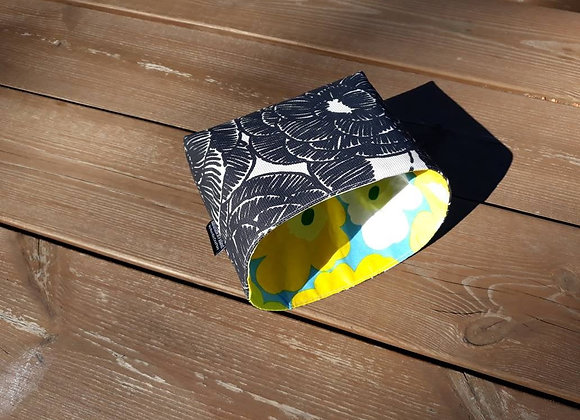 Waterproof basket from Marimekko fabric Kurjenpolvi
