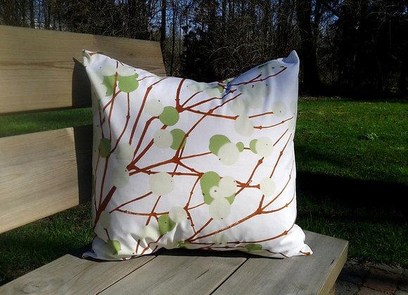 Pillow cover from Marimekko fabric Lumimarja