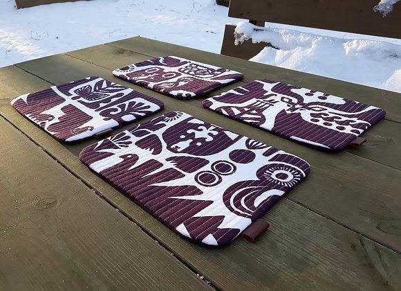 Small placemats from Marimekko fabric Kanteleen Kutsu