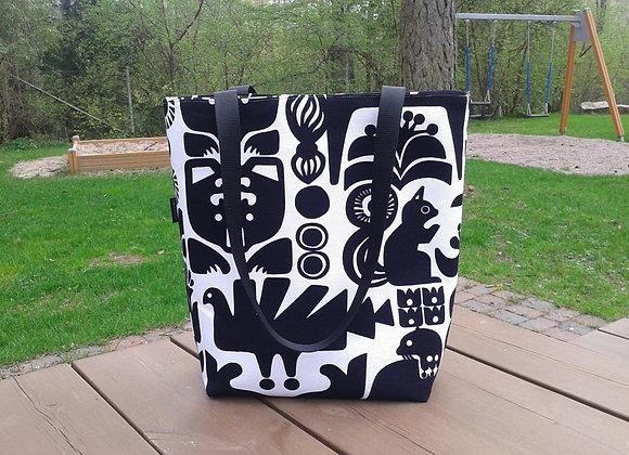 Tote bag from Marimekko fabric Kanteleen Kutsu