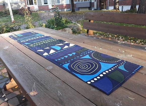 Blue table runner from Marimekko fabric Njalla