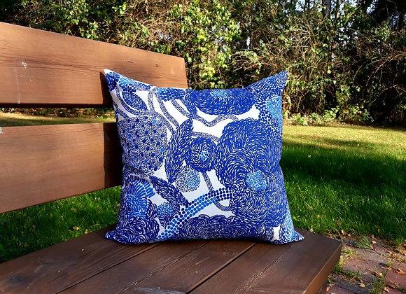 Blue pillow cover from Marimekko fabric Mynsteri