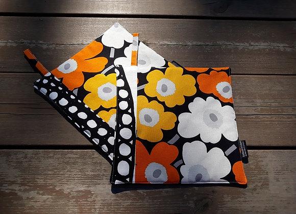 Patchwork pot holders from Marimekko fabric mini Unikko