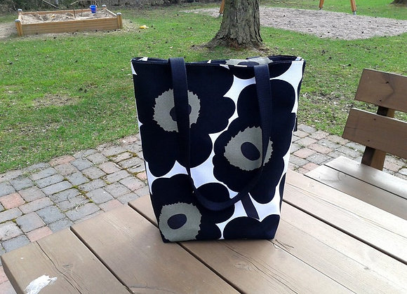 Canvas tote bag from Marimekko fabric Pieni Unikko