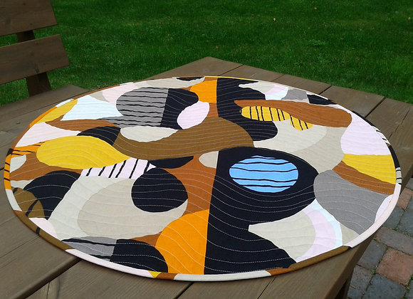 Round table topper from Marimekko fabric Britta Maj