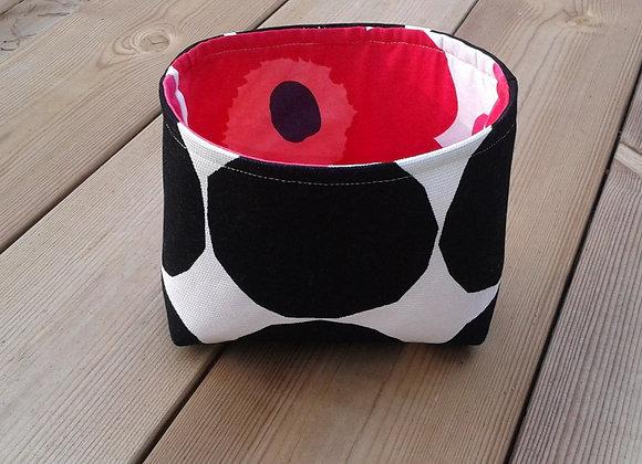 Waterproof black and white basket from Marimekko fabric Pienet Kivet