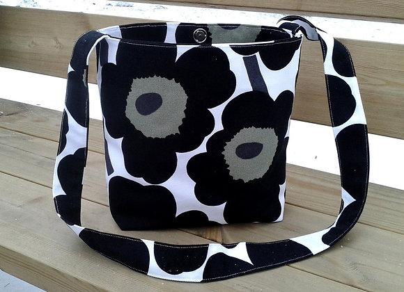 Black and white cross body bag from Marimekko fabric Pieni Unikko